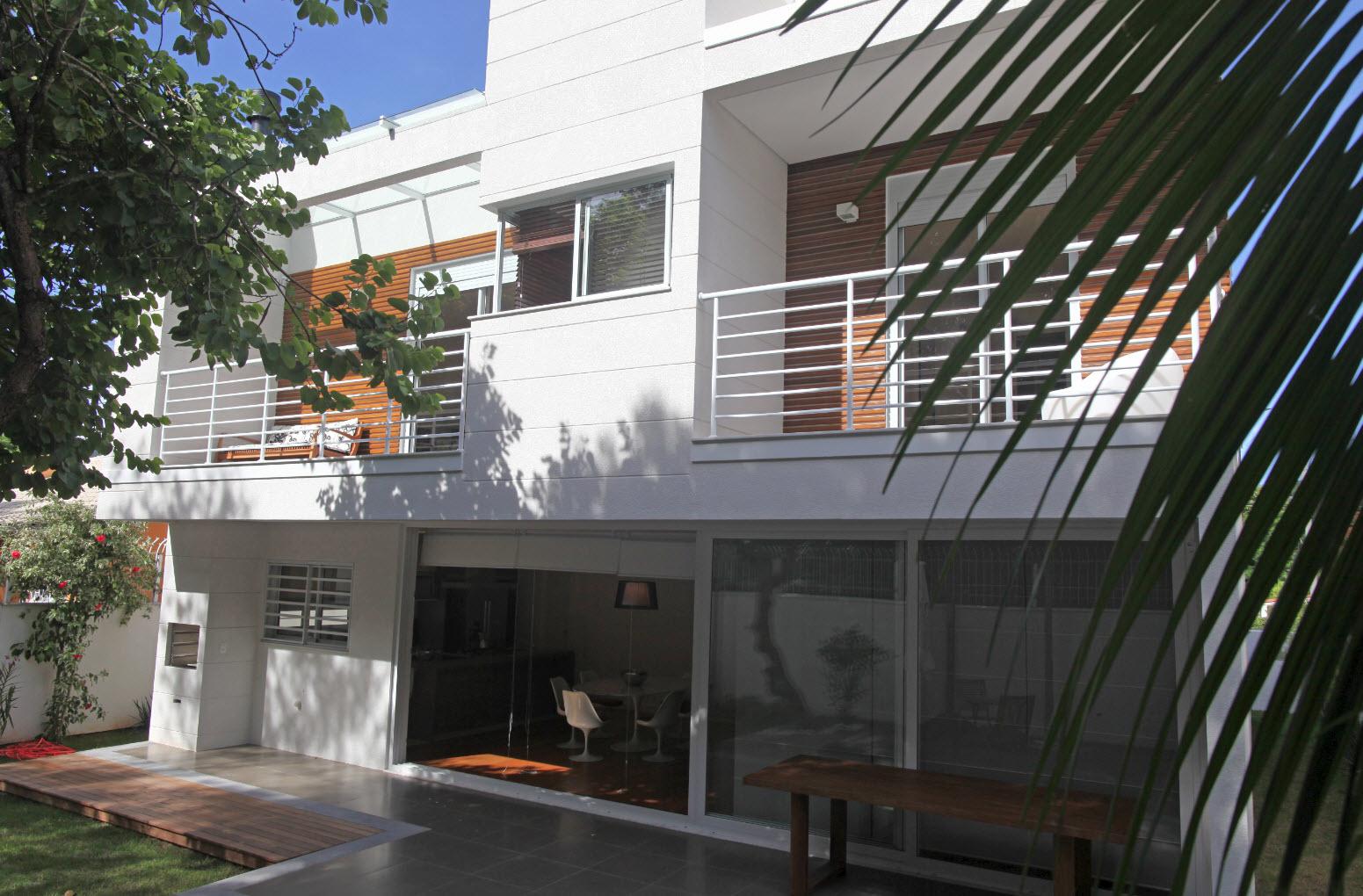 Vinlanda casa le jardin florianopolis for Casa herramientas jardin